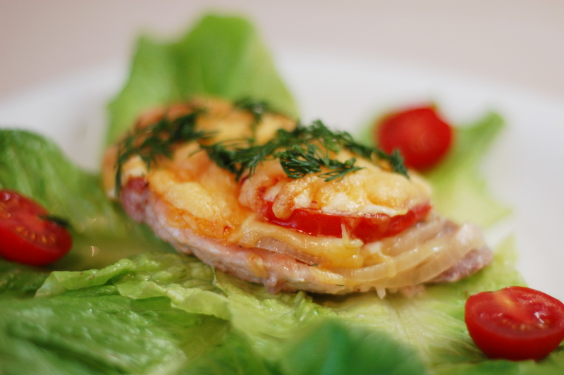 Мясо по французски с грибами и помидорами рецепты