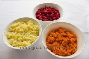 Вареные овощи натертые на средней терке