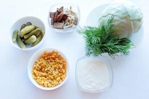 Ингредиенты для салата с капустой и сухариками