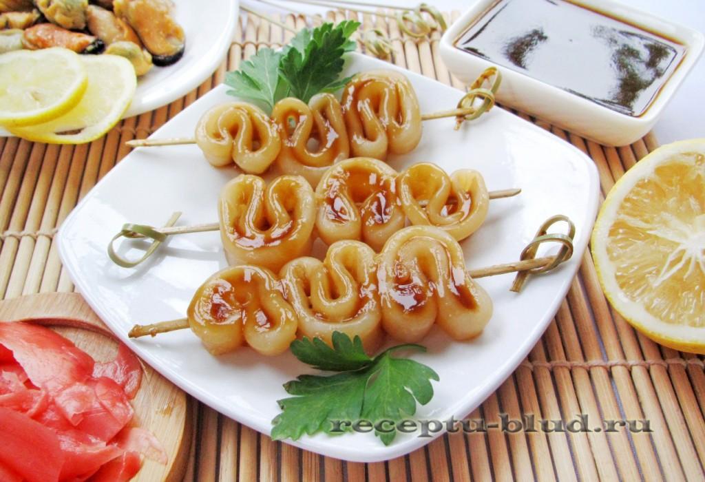 Шашлычки из кальмаров в соусе терияки