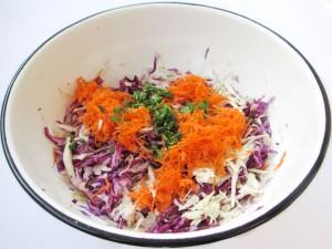 Капуста с морковью