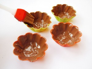 Формочка, смазанная шоколадом