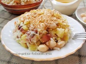 Зимний салат с овощами и скумбрией