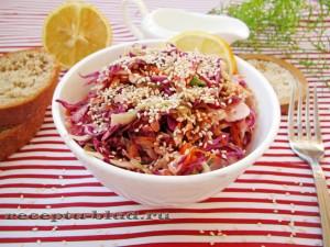 Салат с капустой и кунжутом
