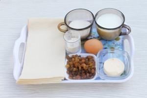 Ингредиенты на французские булочки
