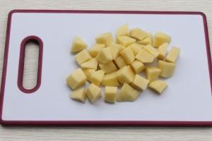 Картофель крупными кубиками