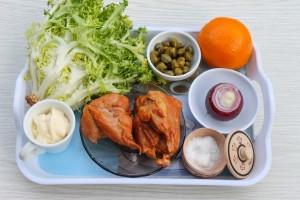 Ингредиенты для салата с апельсинами и курицей