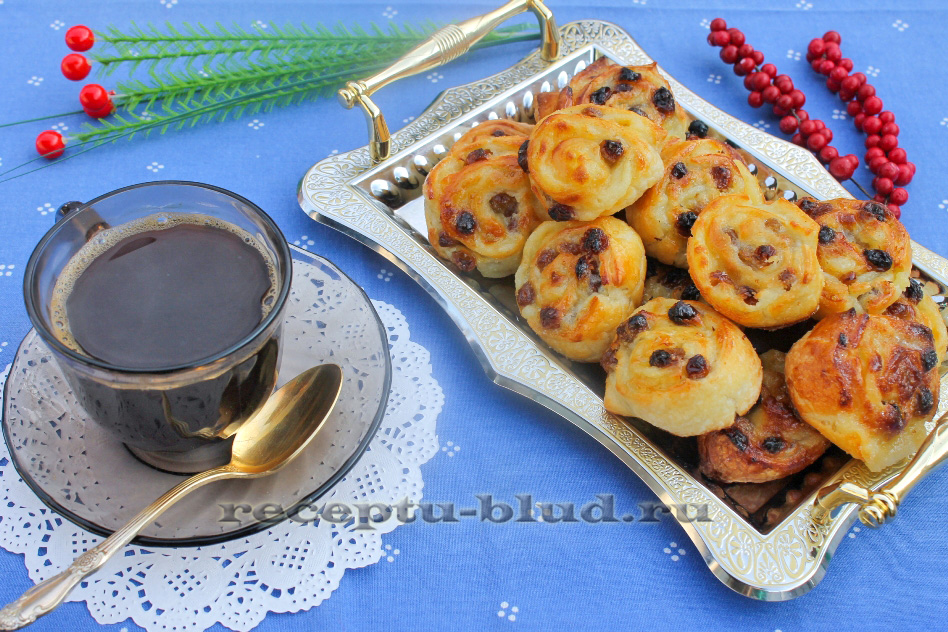 Французские булочки с кремом Фото