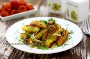 Хрустящая жареная картошка с луком