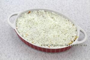 Выложите сверху рис