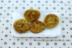 Горячие котлеты из картофельного пюре