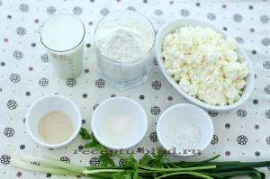 Необходимые ингредиенты для лепешек с творогом