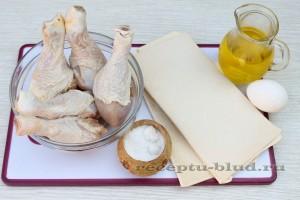 Необходимые ингредиенты для запекания куриной голени в тесте