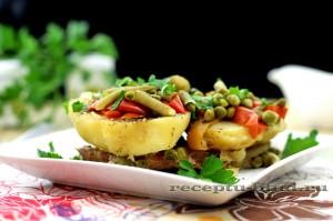 Картофель с мясом и зелеными овощами в духовке