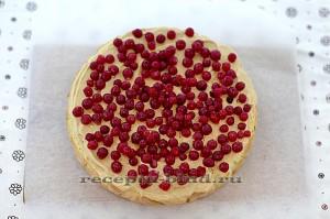 Пирог смажьте творожным кремом
