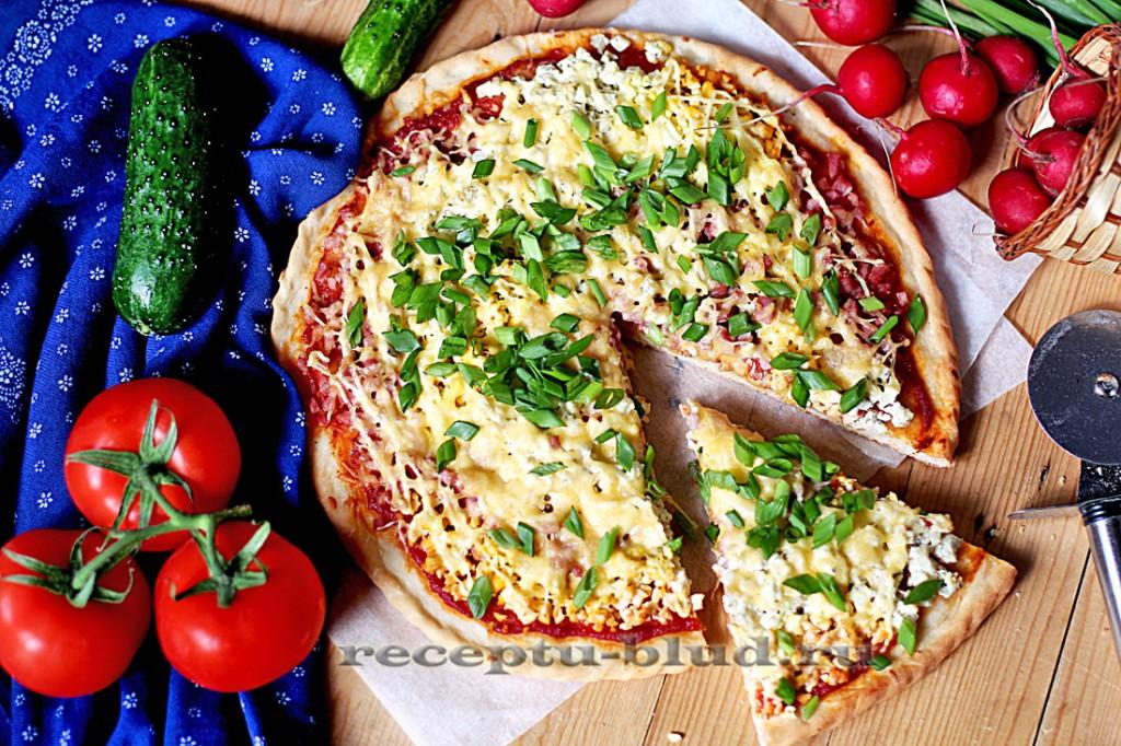 Пицца на вкусном тонком тесте