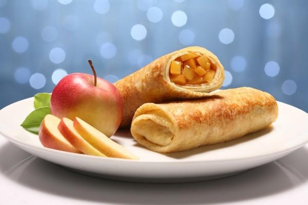 блинчики с яблоками и корицей