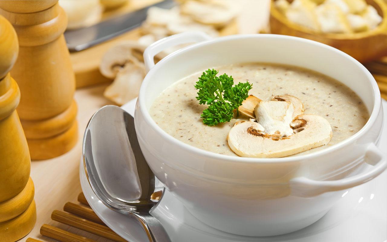 Крем суп из шампиньонов с плавленым сыром